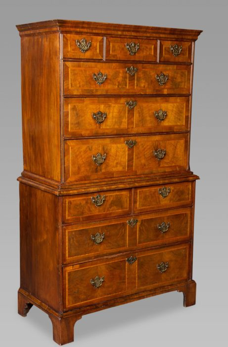 Good George I/II Walnut Chest on Chest