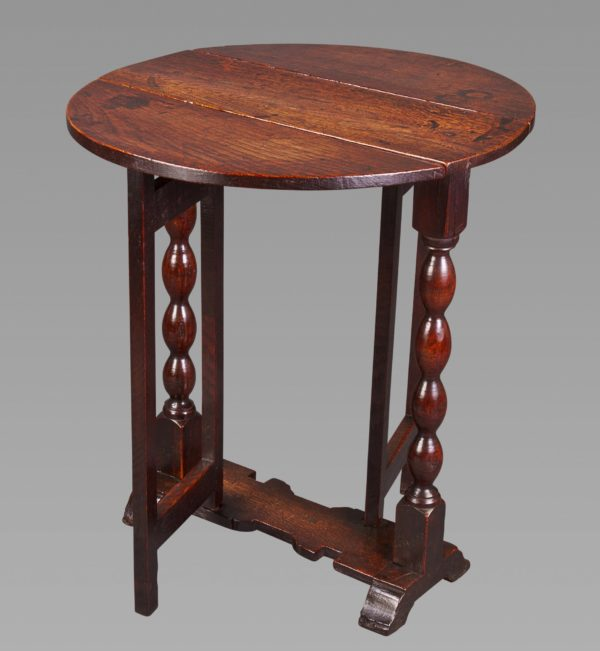 Diminutive 17th Century Oak Gateleg Side Table