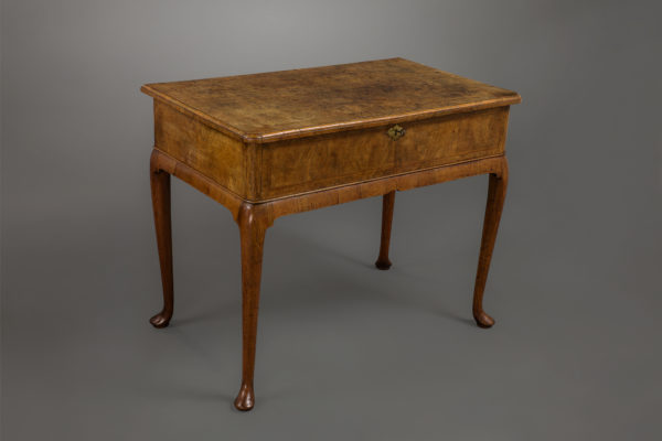 Fine Queen Ann Burr Walnut Side Table