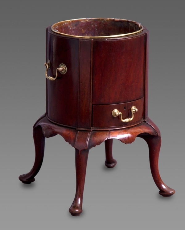 18th Century Dutch Mahogany Planter